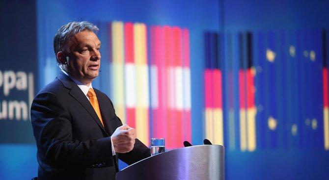 Унгарският премиер Виктор Орбан ухажва крайнодесните избиратели преди вота през 2018 г.