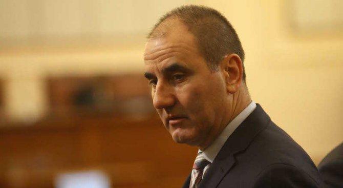 Цветанов: България е много далече от финансовия апокалипсис, за който говори Нинова