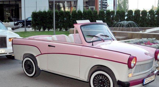 Сафари с кабрио - трабанти е най-популярното забавление това лято в Слънчев бряг
