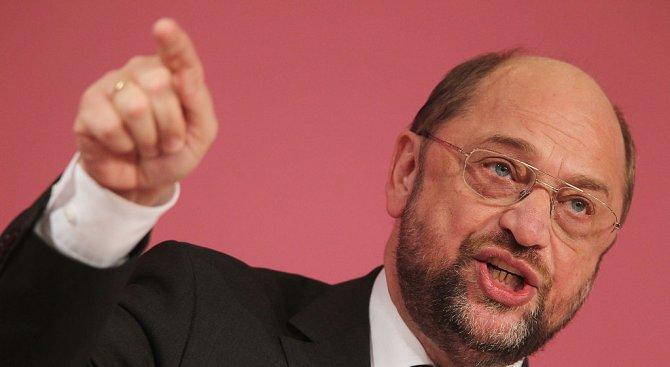 Мартин Шулц: Европа е застрашена от повторение на миграционната криза