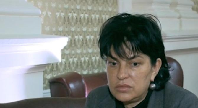 Велислава Кръстева: Мирослав Боршош или много се е объркал или има чадър над него