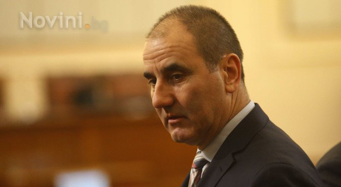 Цветанов: БСП държат Манол Генов, а дават оценки на Живко Мартинов