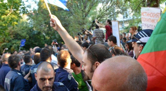 Добруджанци прекратиха протестите след разговор с премиера