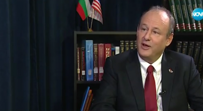 Посланикът на САЩ: България не покрива изискванията за отпадане на визите (видео)