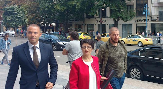 """ГЕРБ внесе сигнала за """"Цанков камък"""" в прокуратурата (видео)"""