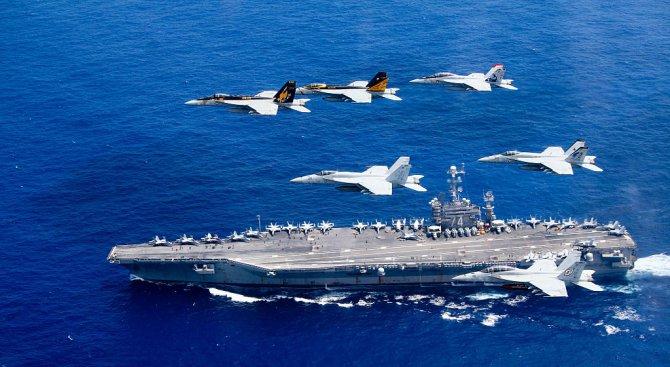 Ирански безпилотен самолет се доближи опасно до американски самолетоносач
