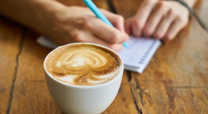 Кафене в Пещера предлагa менюта с различни цени за клиентите