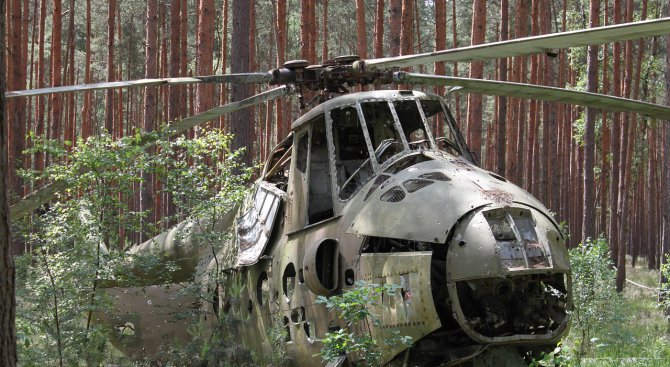 Частен хеликоптер се разби в южна Русия, загинал е пилотът