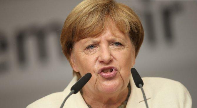 """Меркел изключва всякакво сътрудничество с десните популисти от """"Алтернатива за Германия"""""""