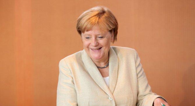 Ангела Меркел мечтае да води телевизионно ток шоу