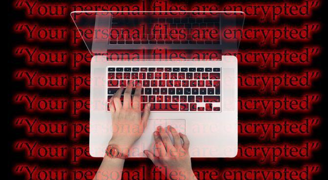 Кибератака над американска кредитна фирма е засегнала данните на 143 милиона клиенти