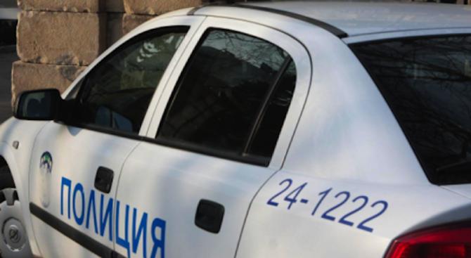 Намериха незаконен пистолет в къща в село Цани Гинчево