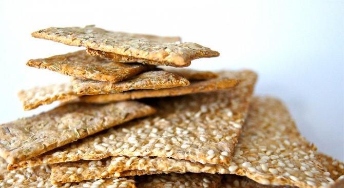 Бисквити с водорасли и снакс от щурци – хитове на най-голямото изложение за храни
