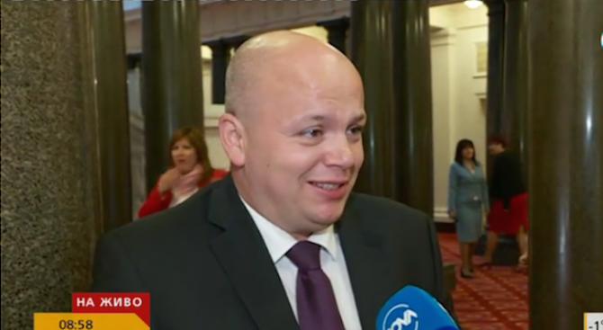 Васил Симов: Да видим ГЕРБ в кой филм ще се вкарат с оставката на Антон Тодоров