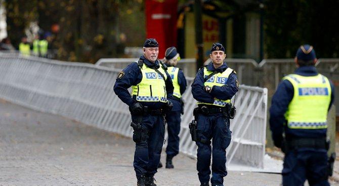 Гръмна полицейско управление в Швеция (видео)