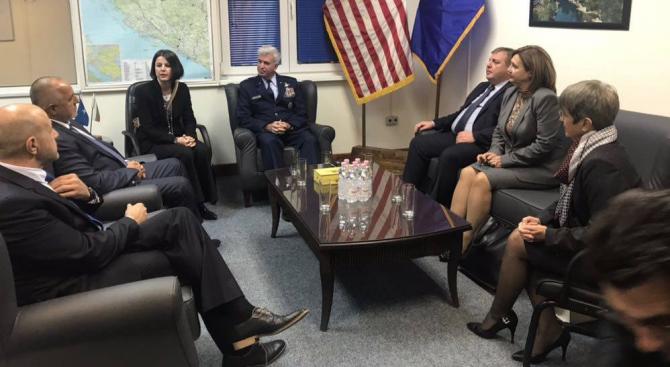 Борисов се срещна с командира на Щаба на НАТО в Сараево и българския контингент в състава на EUFOR (