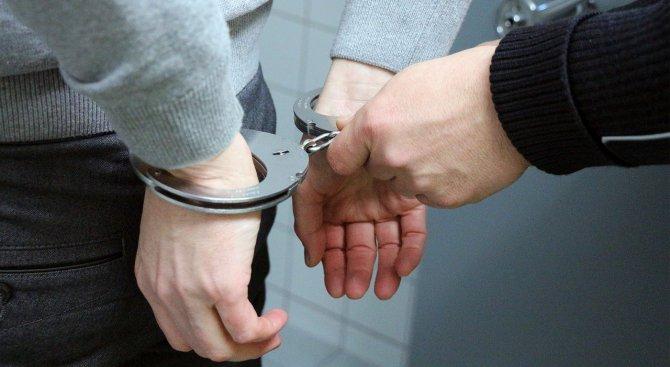Задържаха 34-годишен мъж за блудство с дете
