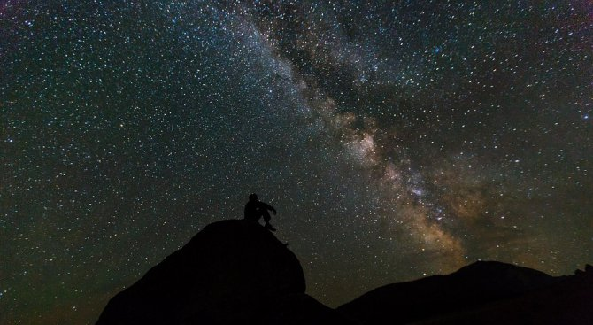 Южнокорейски учени откриха огромна екзопланета