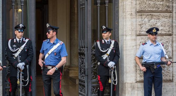 Бомбени заплахи вдигнаха на крак полицията във Флоренция, Милано и Ливорно