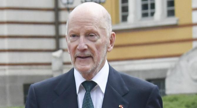 Таен правителствен щаб преговаря със Сакскобургготски за имотите му