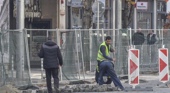 """Забранява се влизането на автомобили по ул. """"Банско шосе"""" в столицата заради ремонт"""