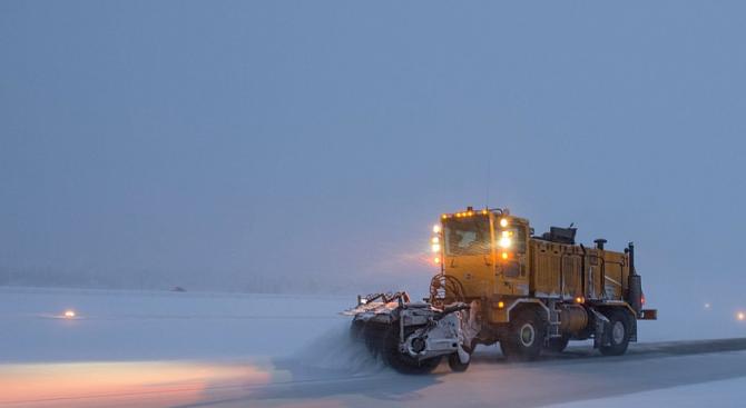 """АПИ ще санкционира снегопочистващата фирма на АМ """"Тракия"""""""