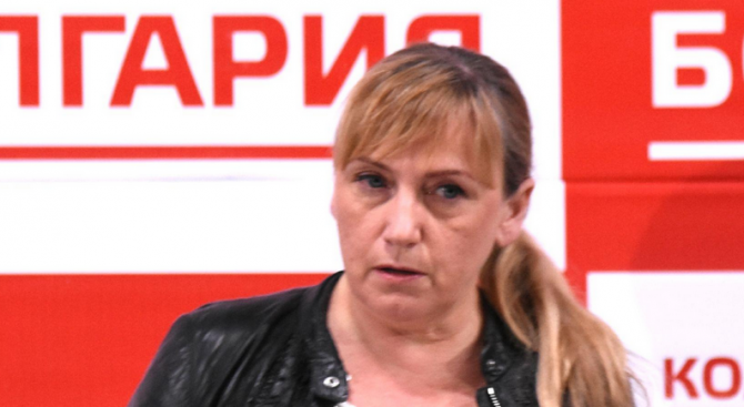 Йончева: Сравнява ли Борисов Левски с бежанците, с терористите от ИДИЛ?