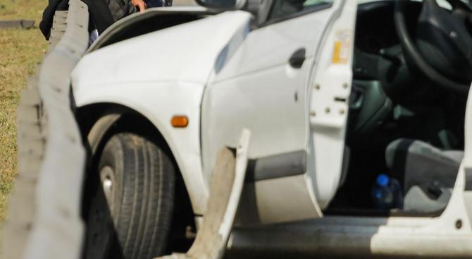 Катастрофа ограничи движението по пътя Русе - Разград