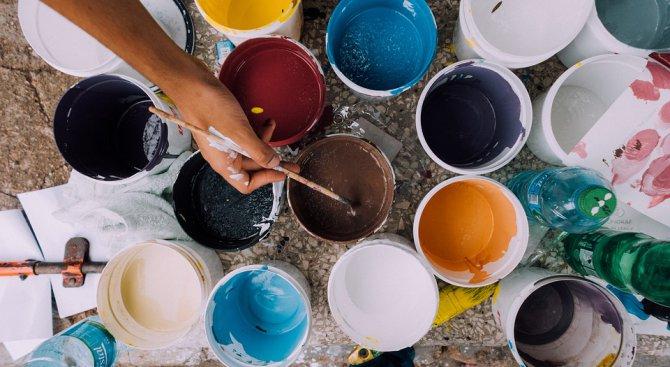 Сливенски художници организират благотворителен търг на картини