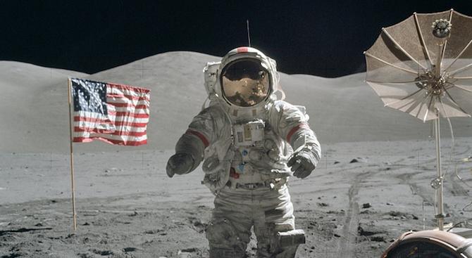 Почина легендарният астронавт Брус Маккендлес