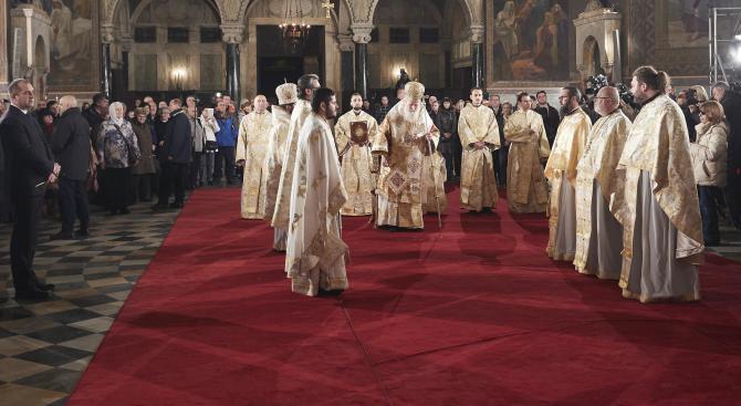 Патриарх Неофит напомни заветите на Христос (снимки+видео)
