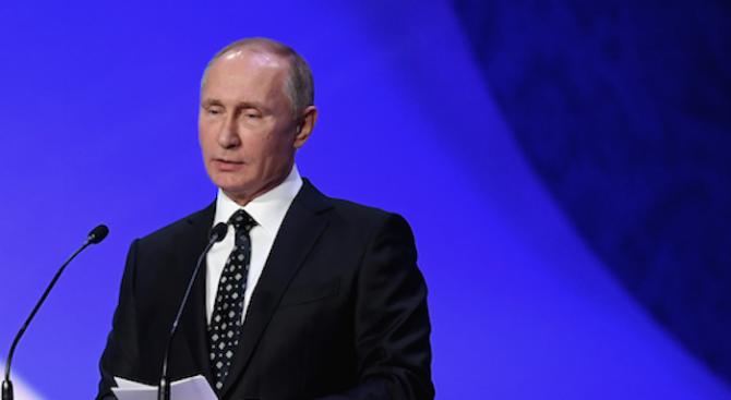Путин поздрави световни лидери за Коледа и Нова година
