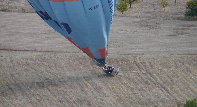Балон с туристи падна в Египет