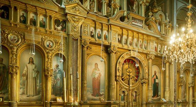 Желязната църква в Истанбул е знак на българското национално единство и има важно политическо значен