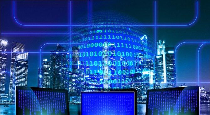 ЕК призова интернет платформите за по-ефективен контрол на незаконното съдържание онлайн