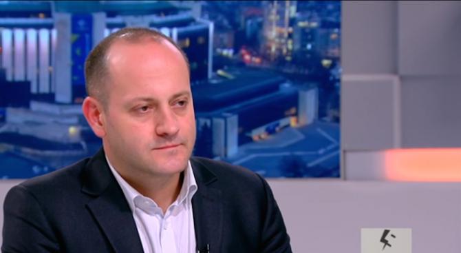 Радан Кънев: Нещо бушува в обществото, случва се нещо много лошо