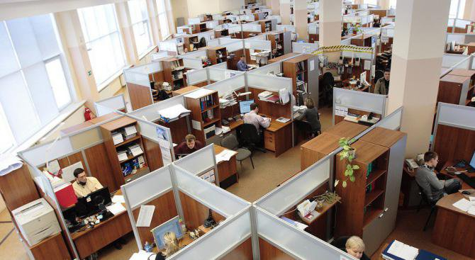 Общите работни помещения правят служителите нещастни и разсеяни