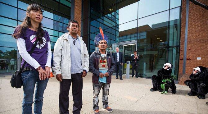Перуански индианци поискаха от папа Франциск помощ за опазване на амазонските тропически гори