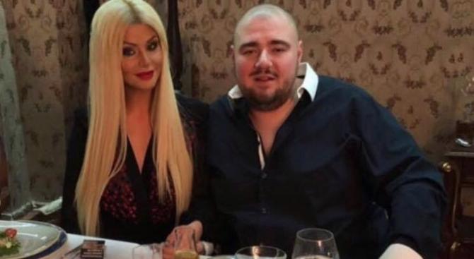 Гущеров и Светлана направиха таен и евтин годеж