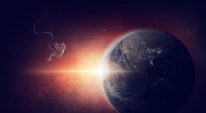 Русия ще предлага разходка в Космоса срещу 100 млн. долара