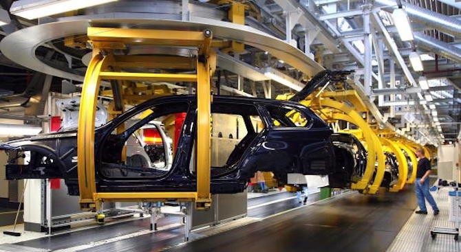 България ще убеждава автомобилни гиганти да произвеждат колите си у нас