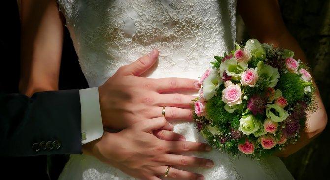 15 двойки ще сключат брак във Варна на празника на любовта и виното
