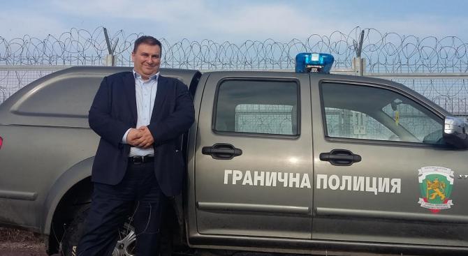 Емил Радев на мисия на Европейския парламент до българо- турската граница