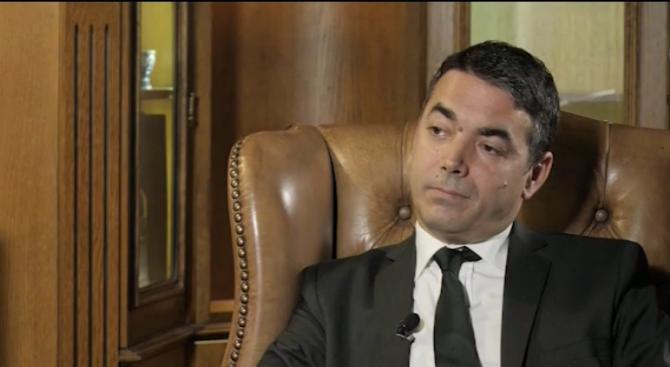 Македонският външен министър: По-лесно се рушат мостове, отколкото да се градят