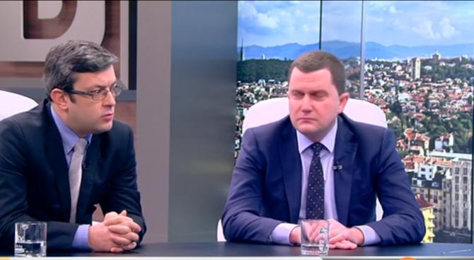 Тома Биков: Президентът Радев също е политик и прави грешки, не сме го избрали за икона
