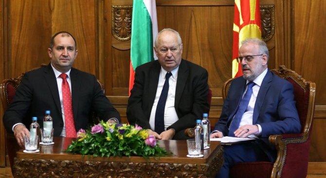 Румен Радев се срещна с бизнеса в Македония