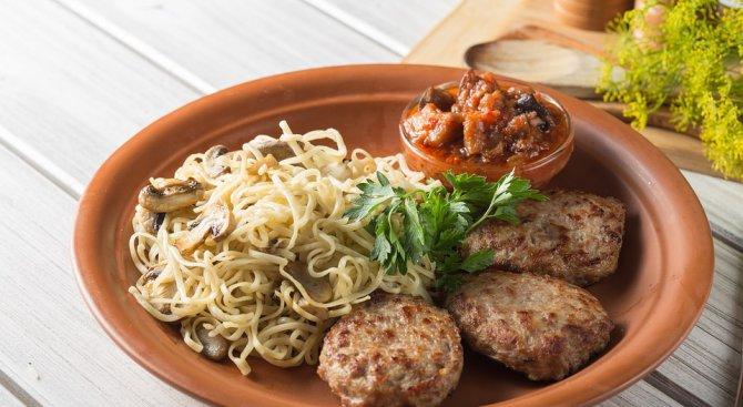 """Учени откриха връзка между """"ултрапреработените"""" храни и риска от рак"""