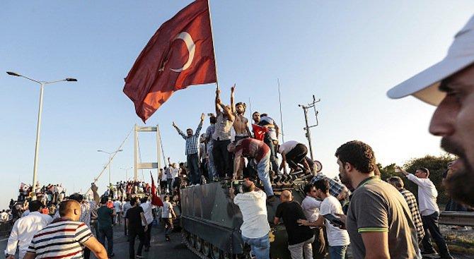 Увеличение на броя на одобрените в Германия молби за убежище на турци