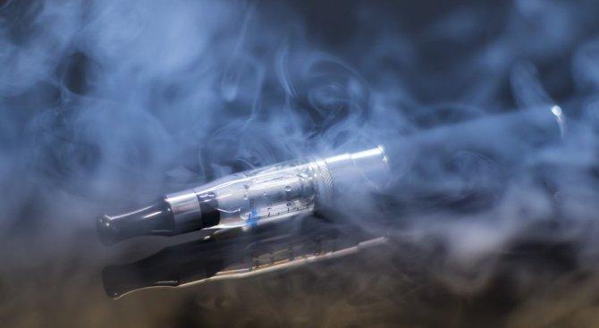 Електронните цигари повишават нивото на токсични вещества в организма