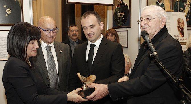 Караянчева и депутати честваха 75 години от спасяването на българските евреи (снимки)